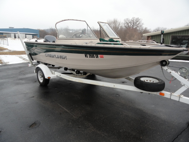 Image of 2001 Crestliner 1750 Sport Fish