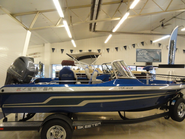 Image of 2016 Skeeter MX1825