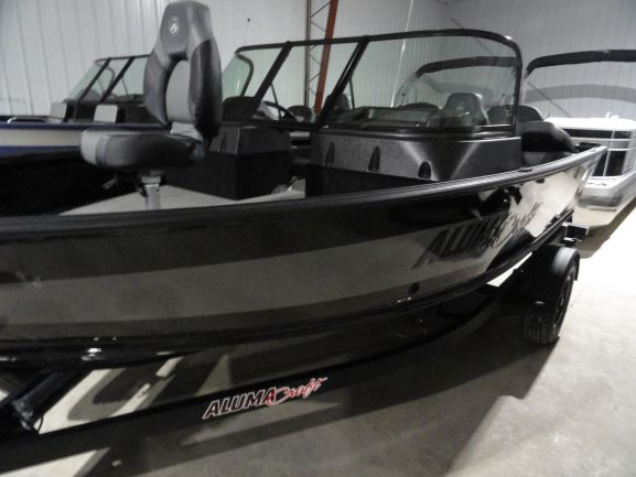 Image of 2021 Alumacraft Shadow Competitor Sport 175