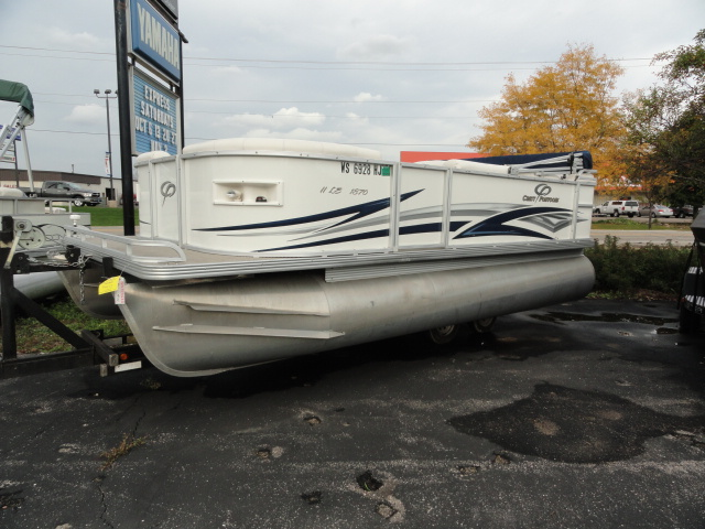 Image of 2007 Crest II 18LE