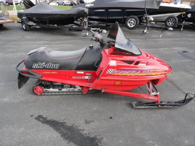 Image of 1997 Ski Doo Formula 500