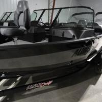 Image of 2021 Alumacraft Shadow Competitor Sport 175